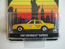 MINIATURE 1/64 OU 3 INCHIES GREENLIGHT 1987 CHEVROLET CAPRICE TAXI NEW YORK