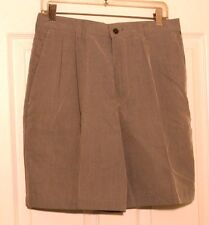 CLAIBORNE NWT MEN'S Brown Khaki Beige Pleated Relax Casual Dress Shorts 30