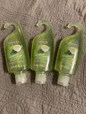 Avon 3 Naturals Green Tea & Verbena Shower Gel (3)