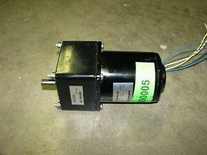 Oriental Electric Gear Motor 200 volt AC 3-phase 40 watt 10 rpm 5IK40RGK-C2
