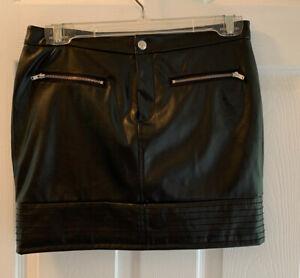 Victoria Secret Size 0 Black  Mini Faux Leather Skirt Zipper Pockets
