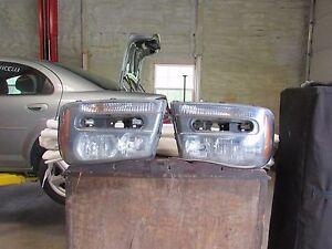 Headlight Assembly 2008 Chevrolet Trailblazer Left & Right Unit