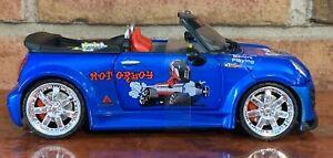 Mini Cooper Convertible BLUE  BOLEY 1:24 SCALE RARE FIND LIOGHT UP