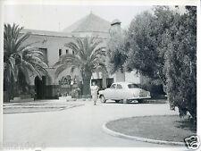 Maroc . MEKNES . l'hôtel Transatlantique . photo de 1955