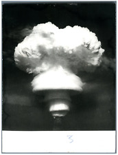 China, Atomic explosion in the atmosphere  Vintage silver print.  Tirage argen