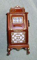 schöner, ausgefallener Spielautomat, Miniatur 1:12 Puppenhaus