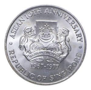 SILVER - WORLD COIN - 1977 Singapore 10 Dollars - World Silver Coin *919