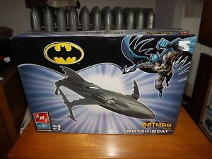 BATMAN, BATSKIBOAT MODEL KIT, NEW IN BOX, AMT / ERTL, 2005