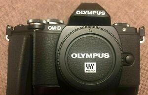 Olympus OM-D E-M10 16.1MP