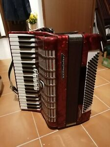 Fisarmonica Weltmeister 120 bassi