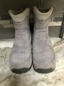 Merrell Boots Size 5M Waterproof Gray Suede  Winter Snow Casual Dress