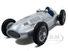 1939 MERCEDES W 165 SILVER 1/18 DIECAST MODEL CAR BY CMC 018