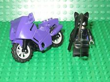 LEGO CAT WOMAN MINIFIG & MOTORCYCLE from BATMAN 7779