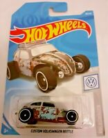 MATTEL Hot Wheels  CUSTOM VOLKSWAGEN BEETLE  brand new sealed