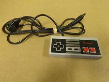 NES CONTROLLER / ORIGINAL ENTERTAINMENT SYSTEM GAME PAD (NINTENDO, NES-004E)