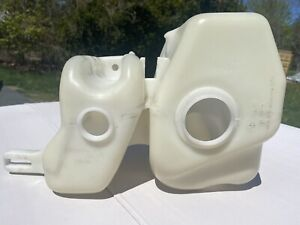 BMW E30 / M3 EURO HEADLIGHT WIPER / WASHER TANK RESEVOIR FLUID CONTAINER