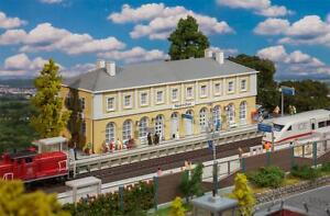 "FALLER H0 110119 Railway Station "" Neukirchen "" New"