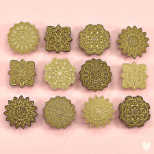 DRESS IT UP Buttons Antique Lace 8319 - Embellishments Vintage Heirloom