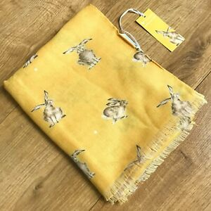Wrendale Designs Hannah Dale springender Hase Print in Honeycomb neu weich Schal