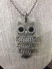 L Vintage Articulated Silver Tone Owl Black Lucite Pendant Necklace