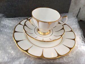 6 X Royal vale tea cups /6 X Saucers / 6 X Plates  New.