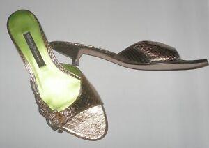 BEVERLY FELDMAN Summer Of Love Gold Flower kitten heel slide Sandals Size 8