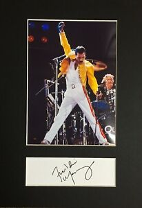 Freddie Mercury (Queen) - RARE Autograph and Mounted Photograph - MINT ⭐⭐⭐⭐⭐