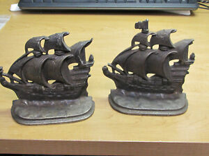 2 ANTIQUE BRONZE SHIP BOOKENDS A GALLEON IN THE TIME OF ELIZABETH 1558-1603