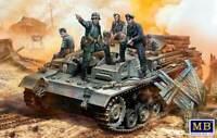 Master Box 35208 - 1/35 German StuG III Crew. WW II era 5 figures