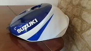Suzuki GSXR 600 750 K1 K2 K3 Petrol Tank Blue / White