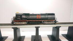 Tyco HO Train New Haven Alco C430 Powered Diesel Locomotive w/ Metal Handrail