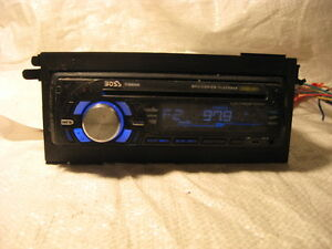 Boss 735UA CD Player In Dash Receiver