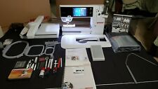 Bernina 880 Sewing/Quilting/Embroider y Machine