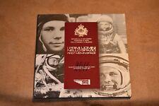 San Marino 2011 Gagarin booklet 8 coins set silver 5 euro BU (#1040)