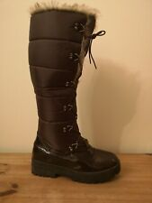 Ladies brown winter snow boots size 6