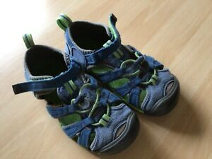 Sandalen Outdoor Sandalen von KEEN tolle Farbe Größe 31 für Jungs