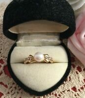 Vintage Jewellery White Pearl and Sapphires Gold Ring 1950s Pinup Dress Jewelry