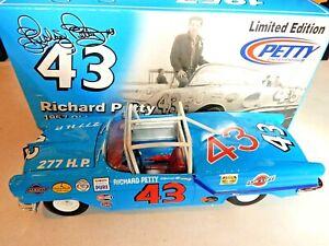 # 43 RICHARD PETTY 1957 OLDSMOBILE CONVERTIBLE 1/24 NASCAR DIECAST CAR
