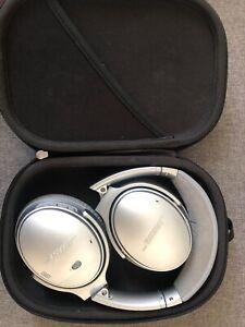 Bose QuietComfort 35 QC35II Wireless Headphones - Silver Pearl