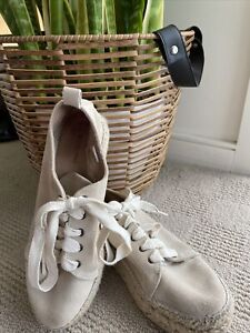 Country Road Womens Beige Coloured Espadrille Shoes Size 38