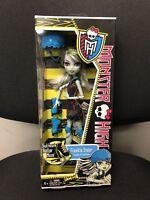 Monster High SKULTIMATE ROLLER MAZE FRANKIE STEIN Doll 2011 Mattel NRFB NIB