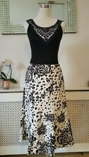 CC Country Causals Black White Silk Linen Ladies Flippy Skirt Size 10