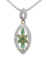 Elegante Colgante de Plata esterilina,Esmeralda, diamante pequeño
