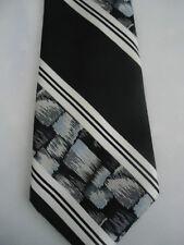 "Count Marco Internationale Black White Stripes Tie 56"""