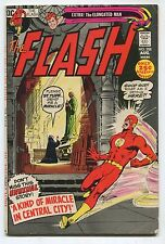 THE FLASH #208 (5.5) A KIND OF MIRACLE IN CENTRAL CITY 1971