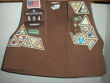 Medium Brown Brownie Girl Scout Vest Maine With 40 Badges Patches Plus 4 Pins