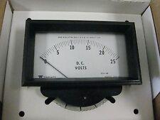 2 pieces Triplett Voltmeter p/n 82361-0036  52-5259  320-GL/B  New