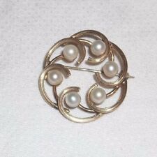 Vintage Signed WINARD 12k Gold Filled and Genuine Pearls Brooch Pin Wreath!