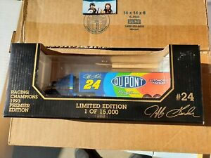 Racing Champions Jeff Gordan 24 Du Pont 1993 Tractor Trailer 1:87 Scale DieCast