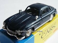 MERCEDES BENZ 300SL 1/43RD SIZE MODEL CAR 2 DOOR BLUE SPORTS VERSION R0154X{:}